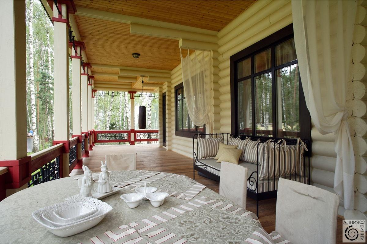 Интерьер веранды в деревянном доме фото